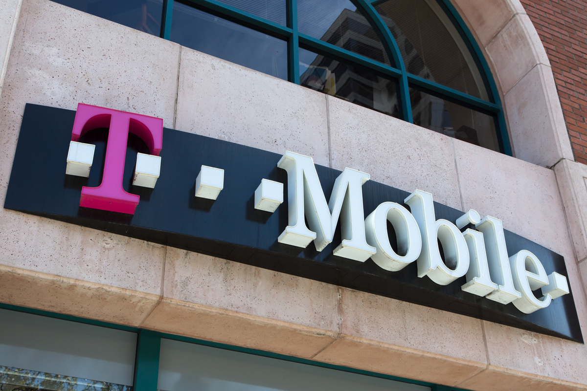 T-Mobile Leads MNO Rivals In Satisfaction, ISPs & Cable TV Providers Trail Behind